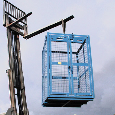 bespoke materials cage for hoisting